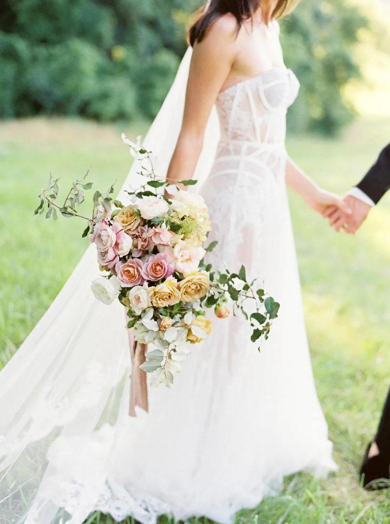 视频:为什么年轻人结婚越来越晚?  第2张