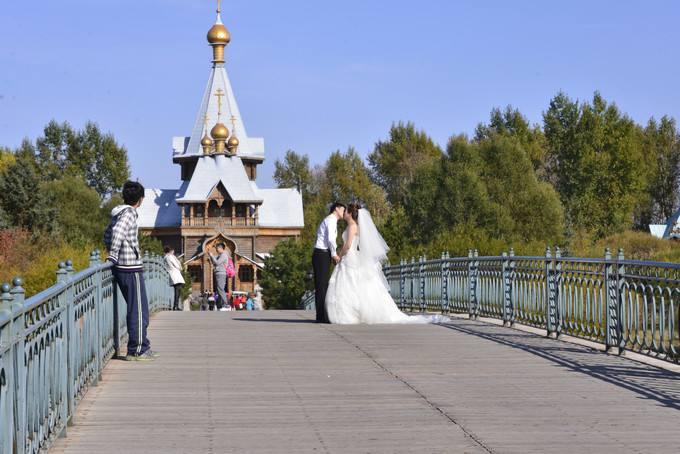 俄式风情宛如画,伏尔加庄园成草坪婚礼首选场地  第2张