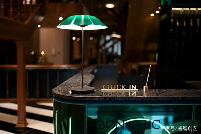 以「未来饭店」为主题!这家喜饼店打造沉浸式预约服务  第2张