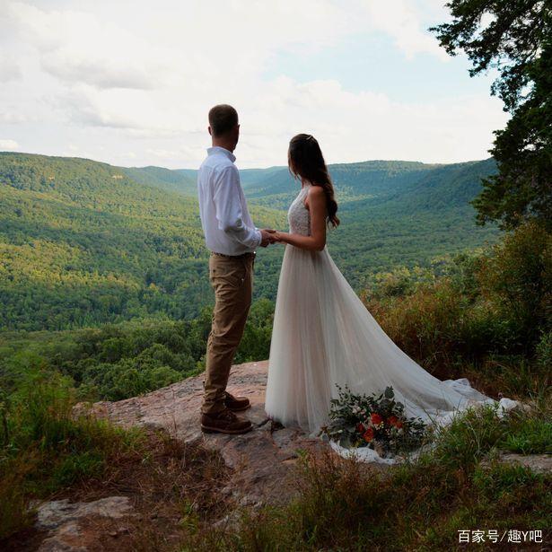 真拼命……新娘在悬崖边缘上拍婚纱照  第2张