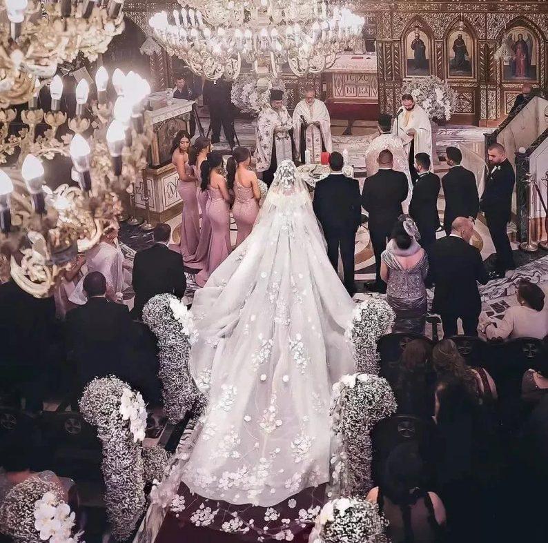 美出画的婚纱头纱,助你惊艳婚礼现场!  第1张