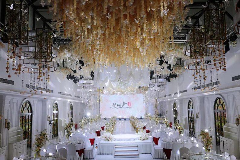 盘点:武汉13家婚礼堂,30+宴会厅、近千桌容量  第72张