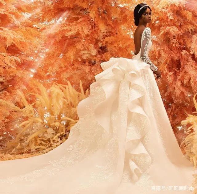 2020全新系列:迪拜土豪最爱的高级定制婚纱  第9张