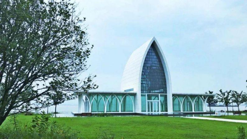 婚礼堂发布:徐丹设计,投资6千万!中国首个临江亲水仪式堂  第1张