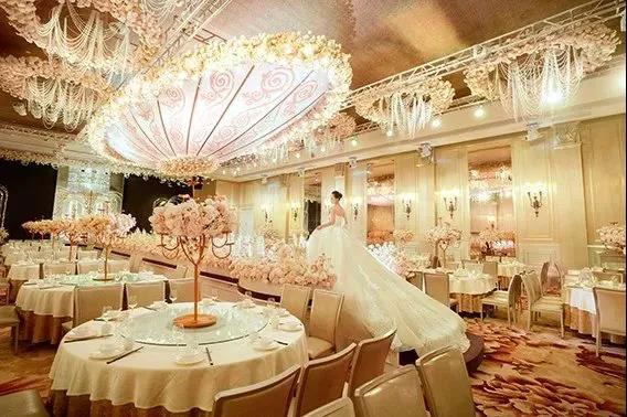 婚礼堂发布:8大主题厅,四线城市打造宴会地标  第6张