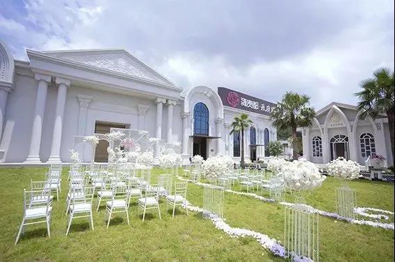 婚礼堂发布:8大主题厅,四线城市打造宴会地标  第21张