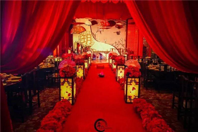 婚礼堂发布:徐丹又一力作!喜宴楼连开两店,打造百万婚礼殿堂  第33张