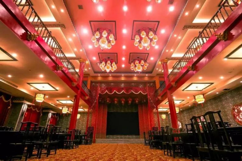 婚礼堂发布:徐丹又一力作!喜宴楼连开两店,打造百万婚礼殿堂  第34张
