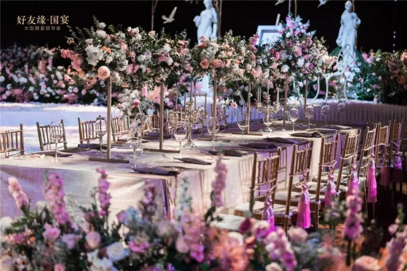 婚礼堂发布:两度携手蔡上!广西地标性餐饮宴会酒店  第17张