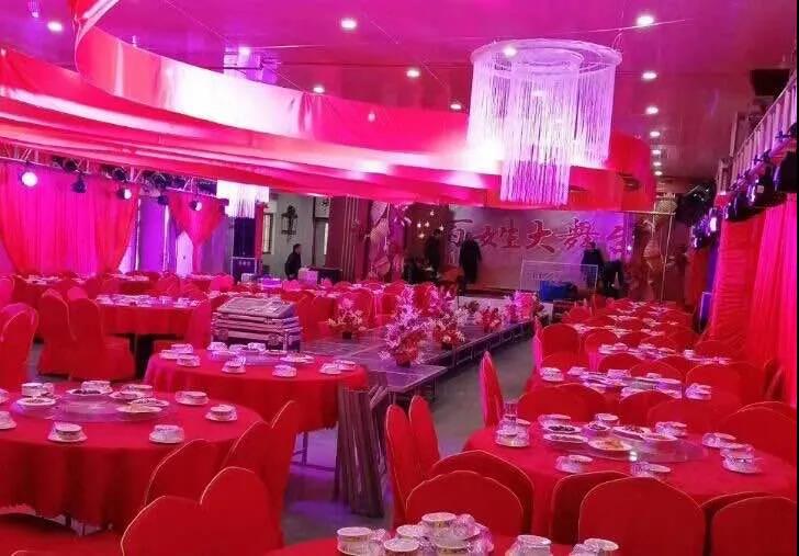 阳光宴会厅!3年90家,泰州打造农村宴席标准场所  第1张