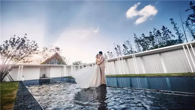 占地6000平米!白色园林建筑,举办婚礼的IP圣地  第7张
