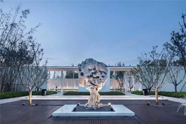 占地6000平米!白色园林建筑,举办婚礼的IP圣地  第23张
