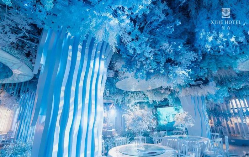婚礼堂发布:假日酒店转型,三大艺术级主题宴会厅来了!  第8张