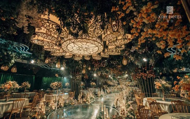 婚礼堂发布:假日酒店转型,三大艺术级主题宴会厅来了!  第14张