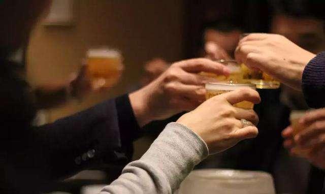 婚宴劝酒出人命……同饮者每人赔1万多元