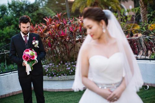 双节婚庆经济红火:结婚用品销售同比增长128.5%