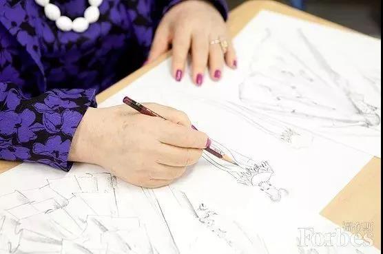 """88岁的""""万年少女""""!她一生只设计一种服装——婚纱  第20张"""