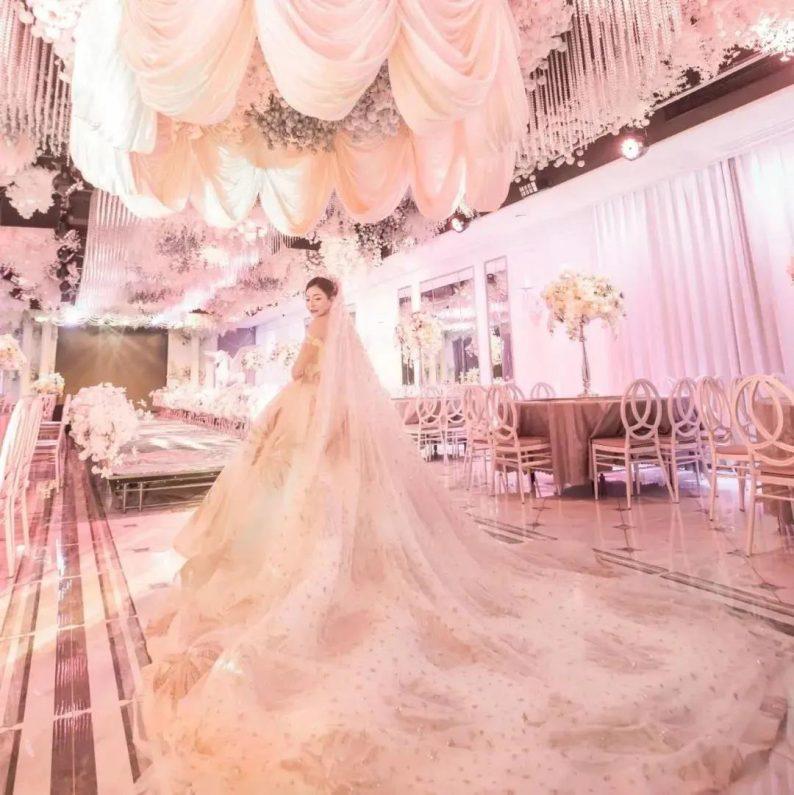 婚礼堂发布:8000平、投资近4千万,咸宁首家艺术级主题宴会厅  第3张