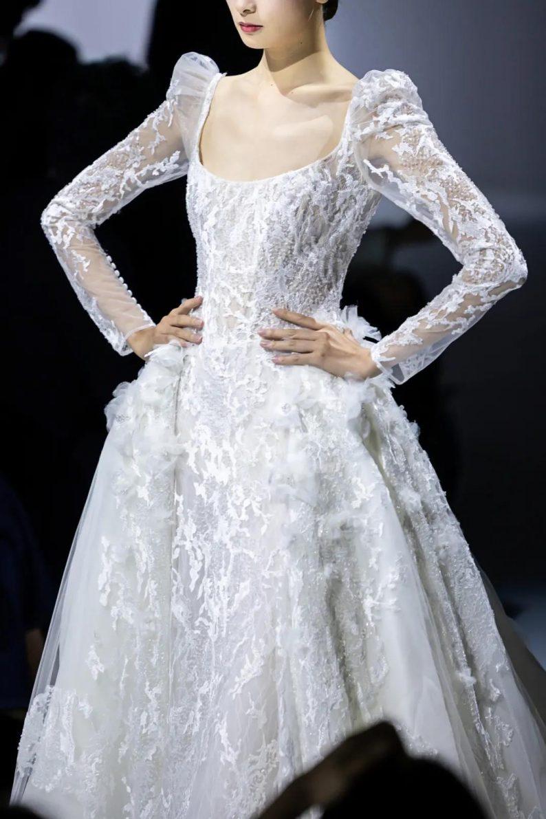 直击现场 | 全球顶级奢华婚纱亮相上海时装周  第8张