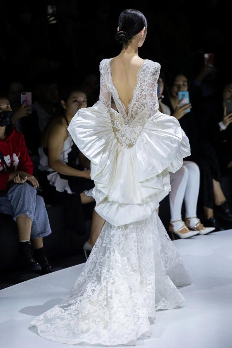 直击现场 | 全球顶级奢华婚纱亮相上海时装周  第10张