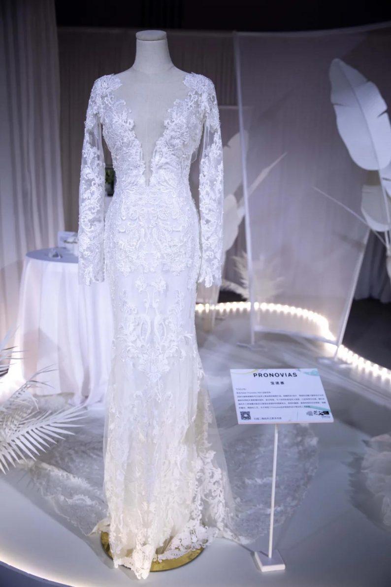 直击现场 | 全球顶级奢华婚纱亮相上海时装周  第17张