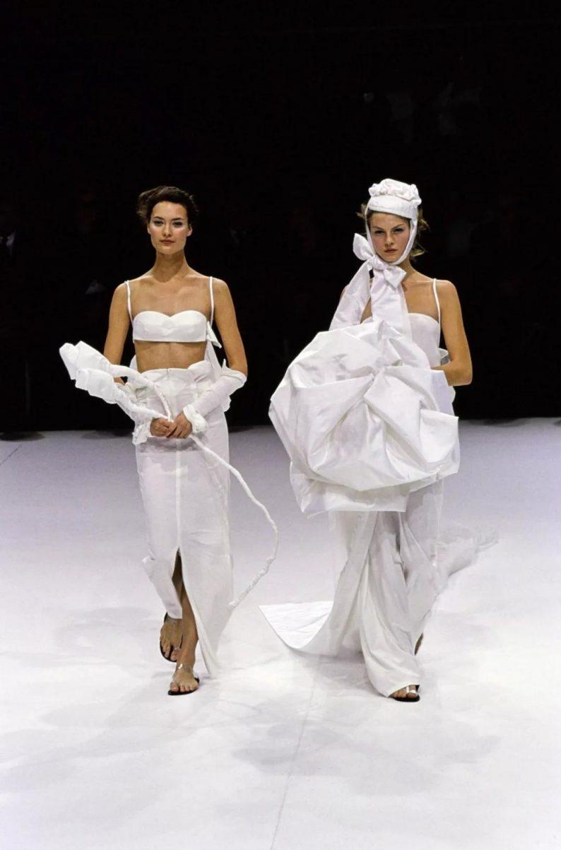 抛弃限制,你最想要的婚纱到底什么样?  第13张