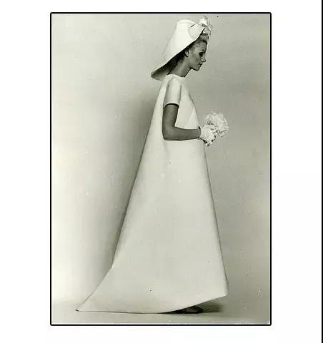 抛弃限制,你最想要的婚纱到底什么样?  第14张
