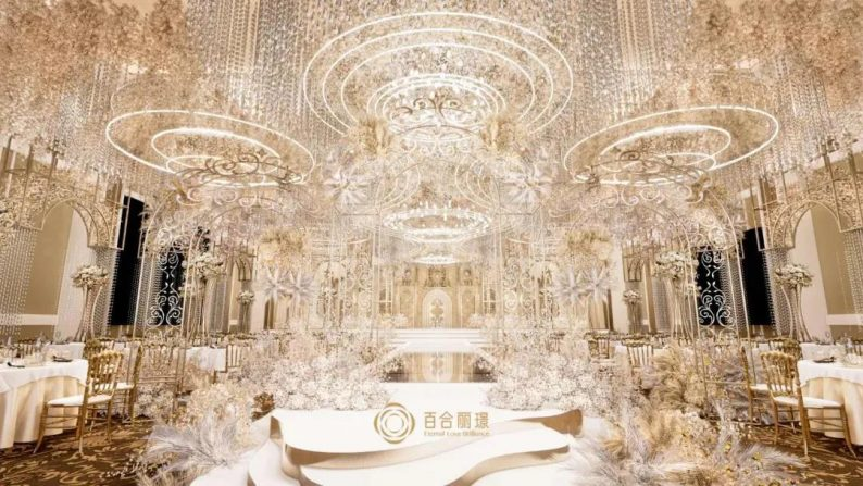 婚礼堂发布:斥资百万打造!天津4000平婚礼圣殿  第4张