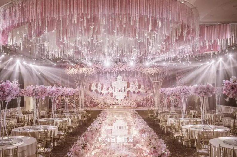 婚礼堂发布:斥资百万打造!天津4000平婚礼圣殿  第13张
