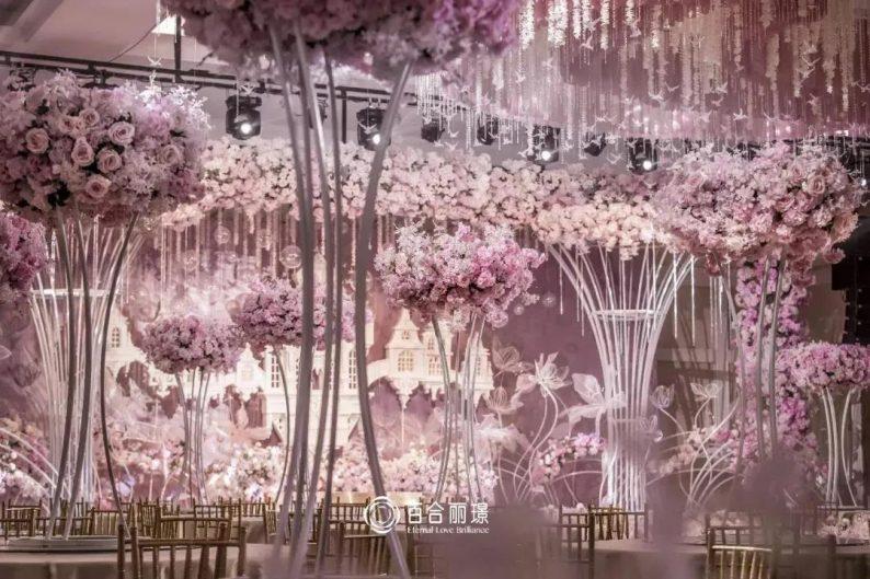 婚礼堂发布:斥资百万打造!天津4000平婚礼圣殿  第16张