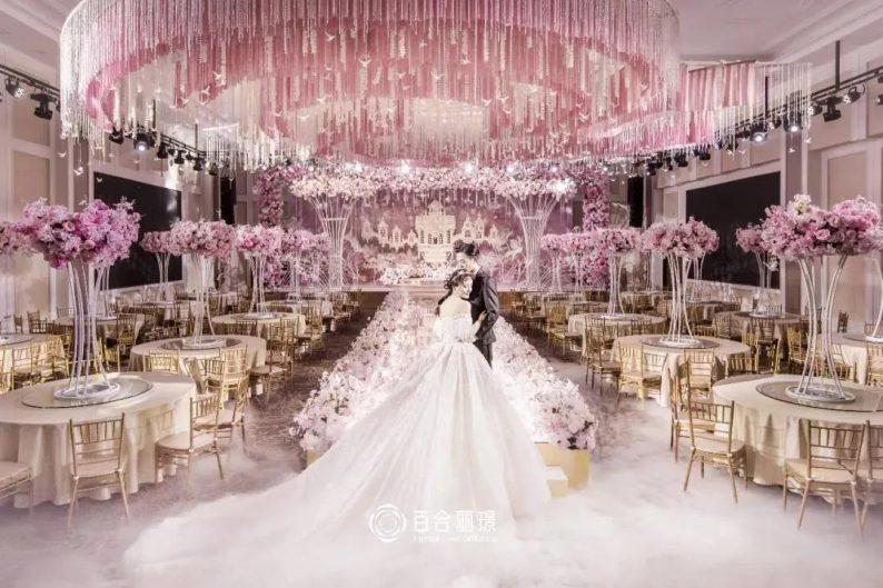 婚礼堂发布:斥资百万打造!天津4000平婚礼圣殿  第17张
