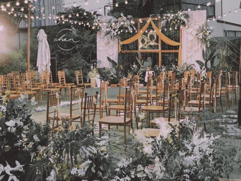 小而精致!秋冬小型婚礼灵感分享  第18张