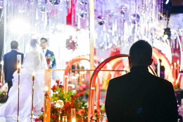 """北京婚礼人终于等到""""春天"""""""