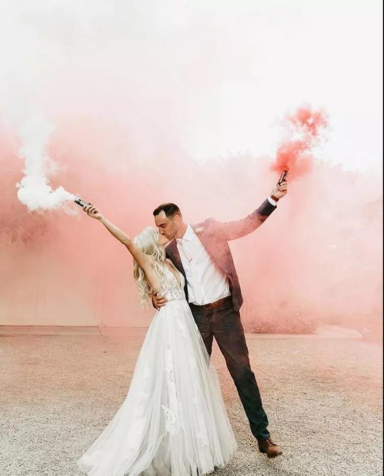 刷爆朋友圈!实用、有趣的婚礼拍照道具  第7张