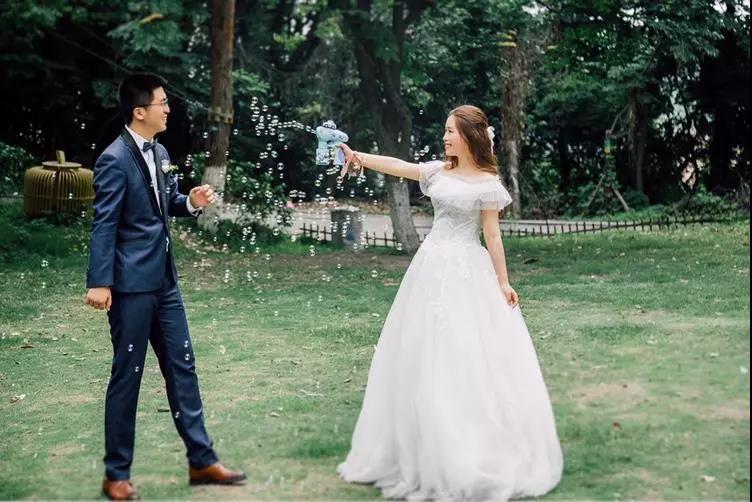 刷爆朋友圈!实用、有趣的婚礼拍照道具  第14张