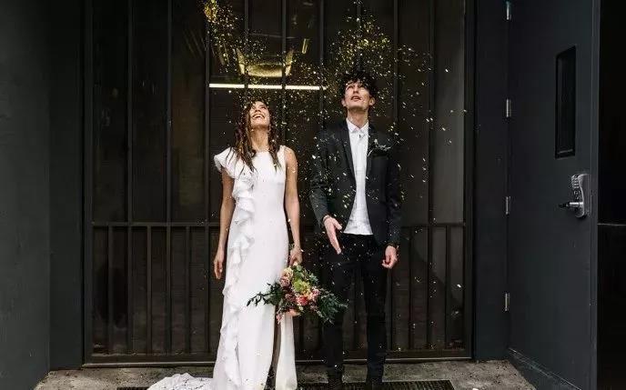 刷爆朋友圈!实用、有趣的婚礼拍照道具  第17张