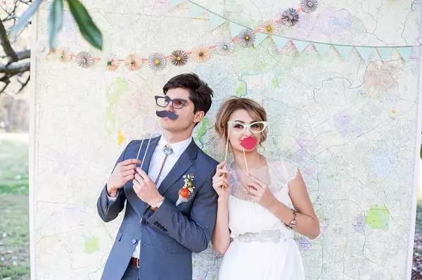 刷爆朋友圈!实用、有趣的婚礼拍照道具  第19张