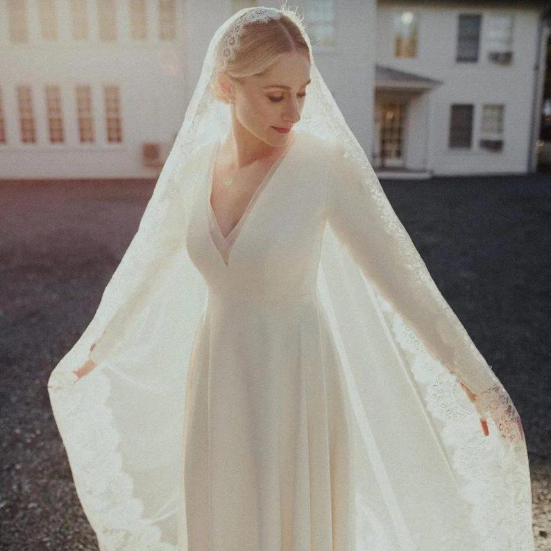 秋冬婚礼超全Tips!保暖的同时做最美的新娘  第6张