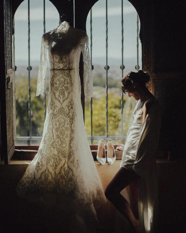 秋冬婚礼超全Tips!保暖的同时做最美的新娘  第10张