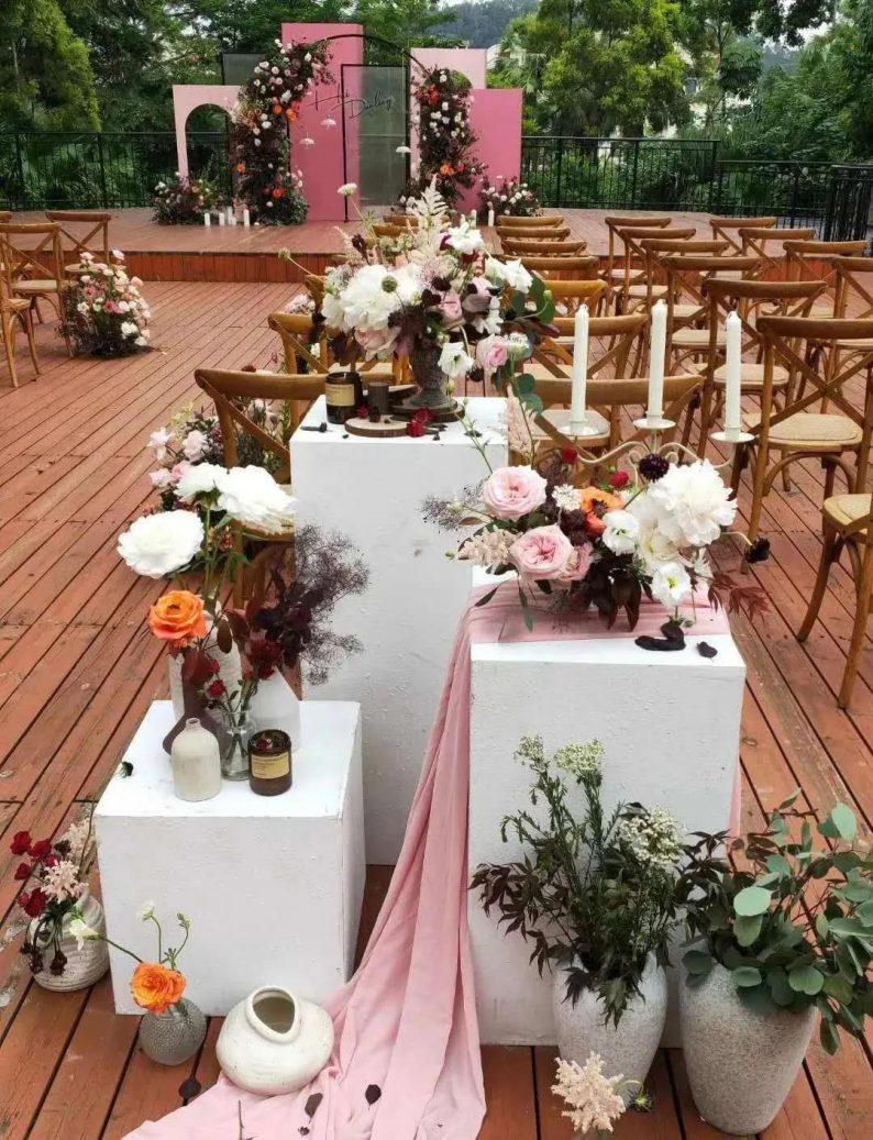 婚礼堂发布:半山秘境中的婚礼伊甸园  第15张