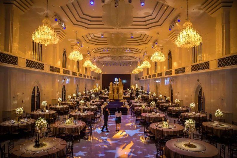 婚礼堂发布:6大主题宴会厅!格莱美杭州湾店,独家室内花园  第3张
