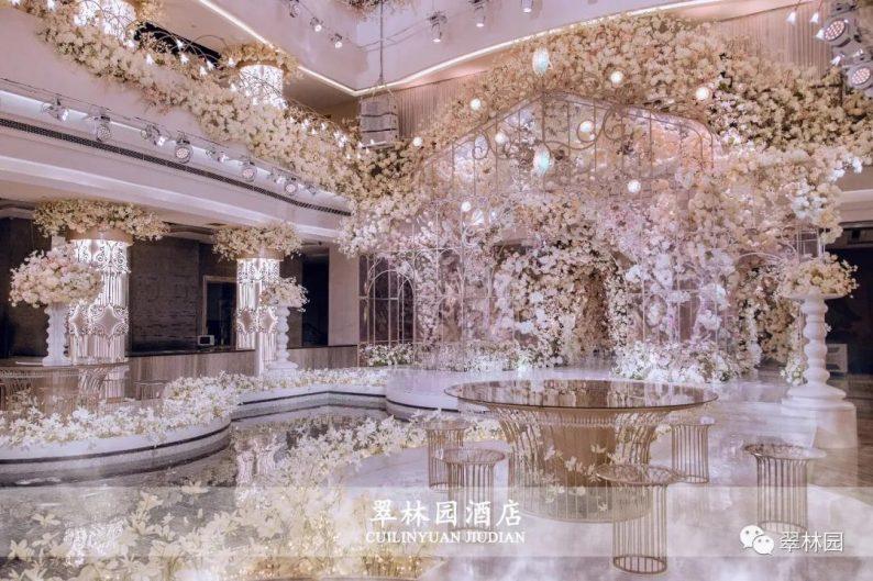婚礼堂发布:鞍山推出首家灵动水景百万婚礼堂  第3张