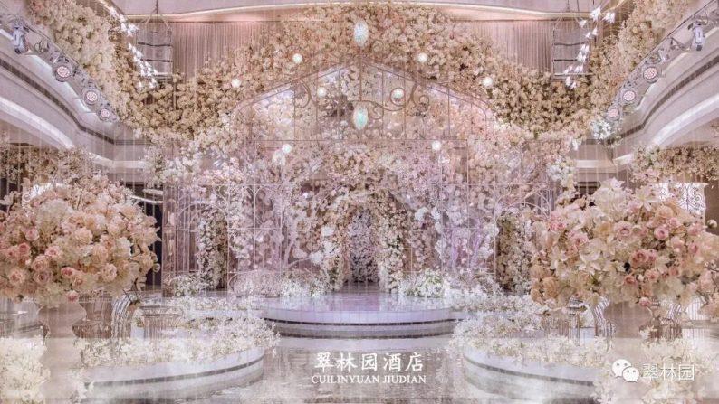 婚礼堂发布:鞍山推出首家灵动水景百万婚礼堂  第4张
