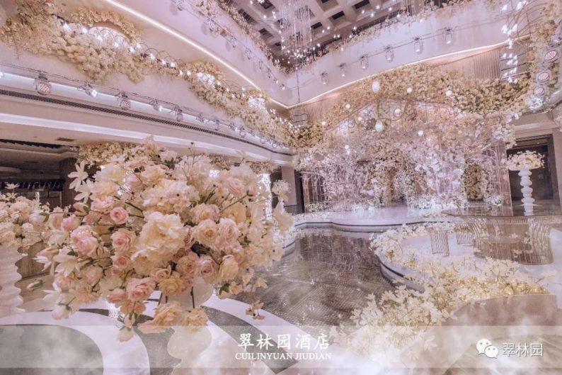 婚礼堂发布:鞍山推出首家灵动水景百万婚礼堂  第7张