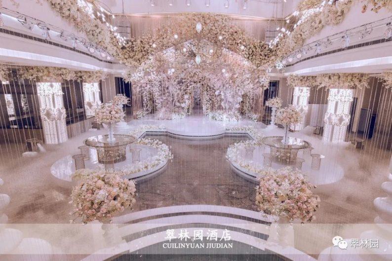婚礼堂发布:鞍山推出首家灵动水景百万婚礼堂  第12张