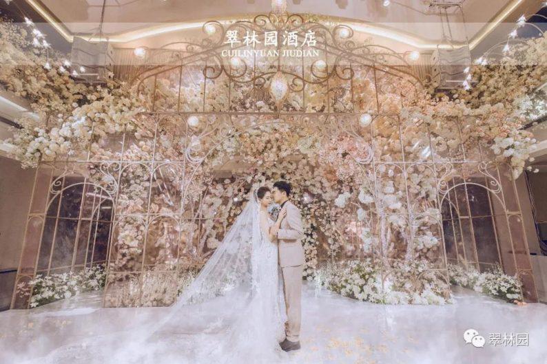 婚礼堂发布:鞍山推出首家灵动水景百万婚礼堂  第16张