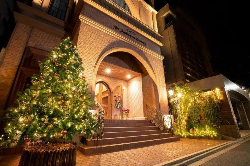 日本著名教堂:3所宝石教堂,英式华丽建筑  第4张