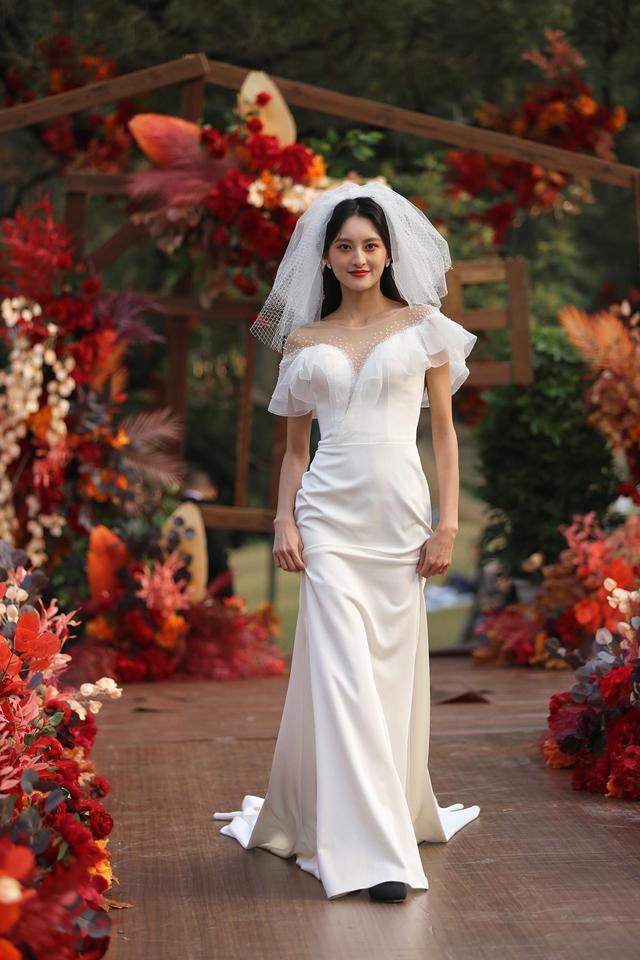 浪漫来袭!成都植物园营造户外草坪婚庆场景  第4张