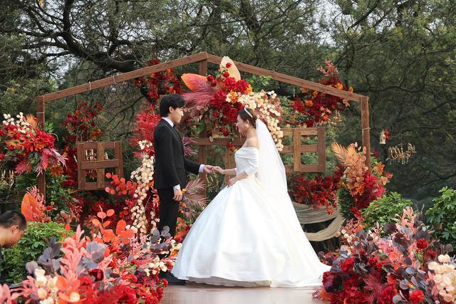 浪漫来袭!成都植物园营造户外草坪婚庆场景  第8张