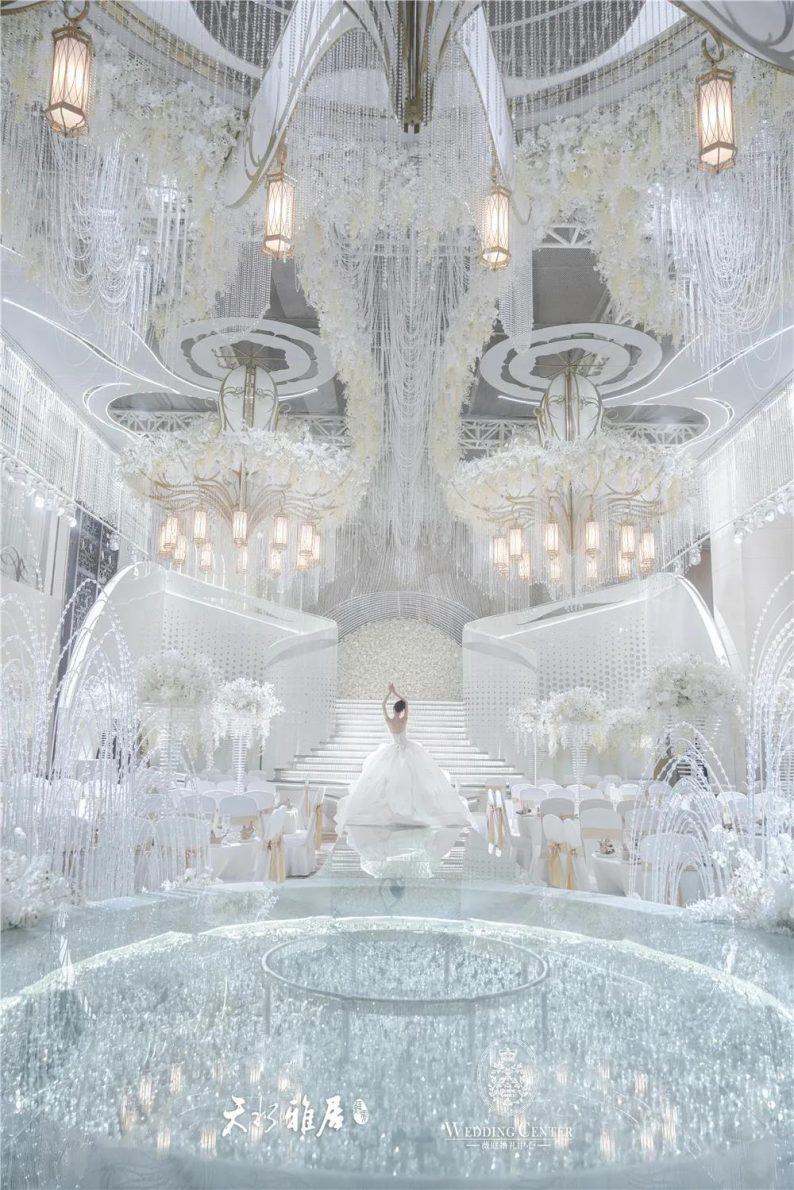婚礼堂发布:千万匠心打造!10米挑高剧院式宴会厅  第6张